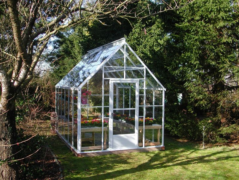 Pamplin media group greenhouses can bridge winters gray by courtesy photo tempered glass walls are held together with an aluminum frame in the cape cod a kit by backyard greenhouses of dearborn mich solutioingenieria Image collections