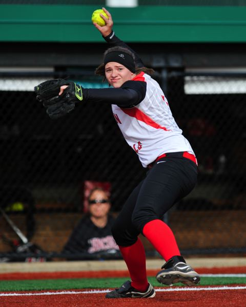 by: COURTESY OF JOHN LARIVIERE - Third baseman Elena Schaefer of Lincoln throws out a North Medford runner.