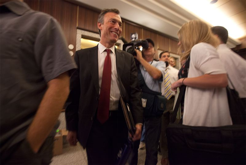 by: PORTLAND TRIBUNE: JONATHAN HOUSE - Embattled Multnomah County Chair Jeff Cogen said Thursday that he hoped the public would reserve judgment about his affair with a county health care worker until a state investigation was complete. Cogen voted against a resolution calling for his resignation that other commissioners endorsed Thursday morning.