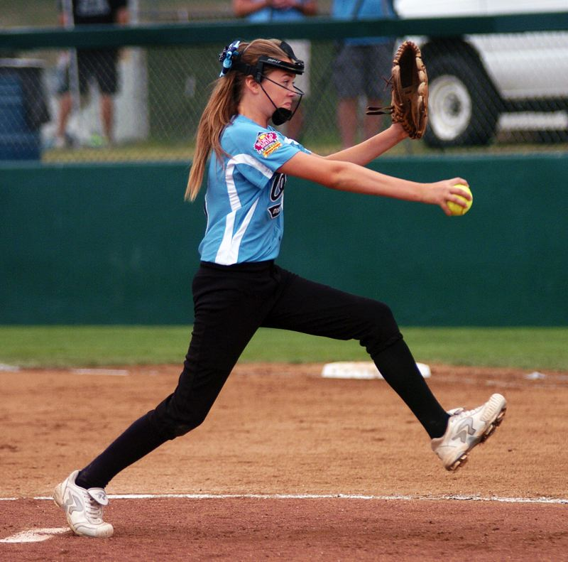 by: DAN BROOD - POWER PITCHER -- Tualatin City pitcher Elizabeth Hillier struck out 13 batters in her team's 6-5 win over Puerto Rico Sunday at the Little League Softball World Series.