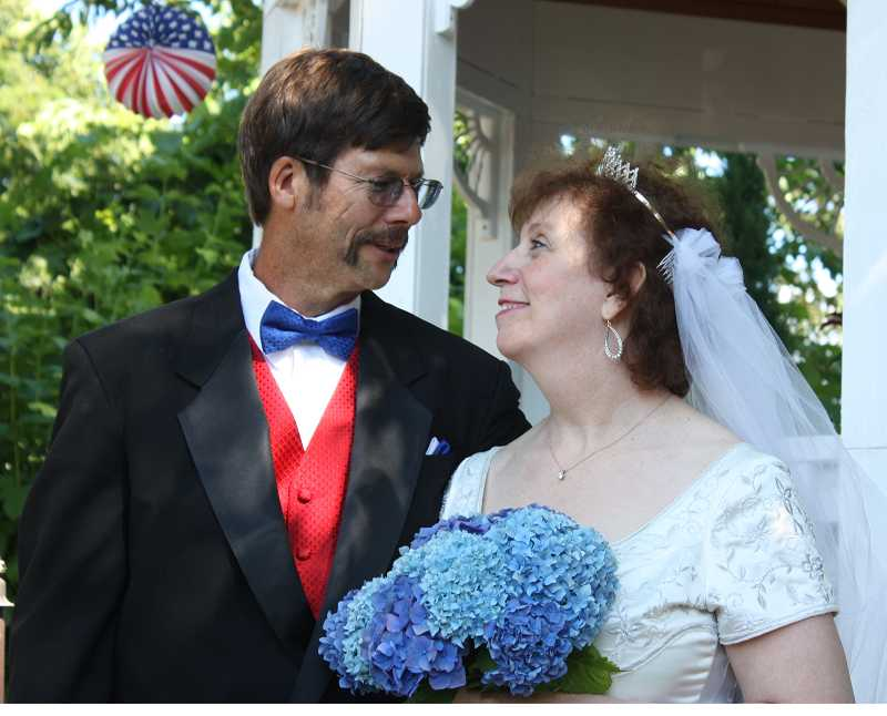 by: SUBMITTED PHOTO - Michael and Vicki Spitznogle,