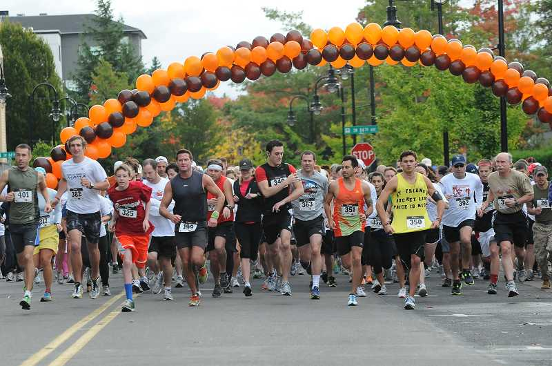 by: SUBMITTED PHOTO - The Regatta Run/Walk benefits Matthew Lembke Memorial Scholarship Fund.