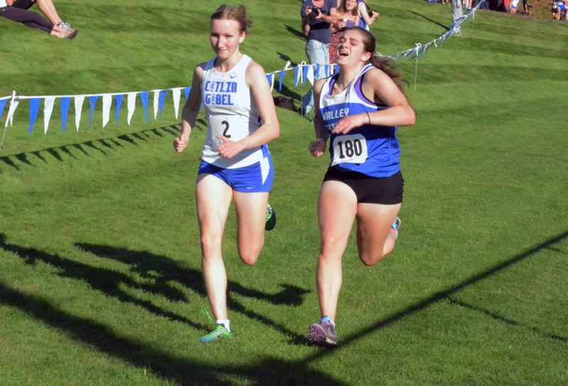 by: TIMES PHOTO: MATT SINGLEDECKER - Valley Catholic senior Annika Holstrom placed sixth overall at the Special District One Championships with a 21:32 finish.