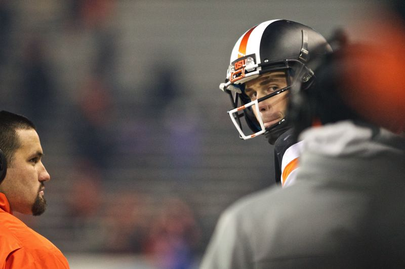 Oregon State quarterback Sean Mannion looks at the sideline after being taken out of Saturday's game in the fourth quarter.