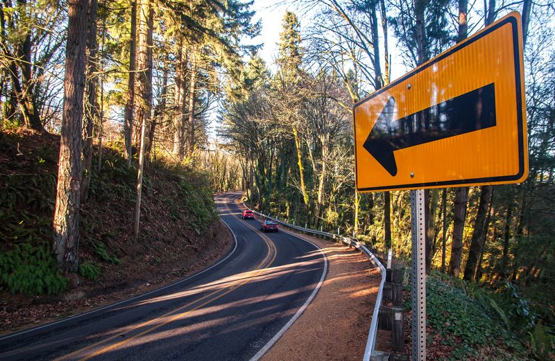 by: SPOKESMAN PHOTO: JOSH KULLA - Wilsonville Road connects Wilsonville with Newberg to the west. Its also a narrow, two-lane road that many now worry will not be able to cope with increased traffic from a planned Newberg-Dundee bypass.