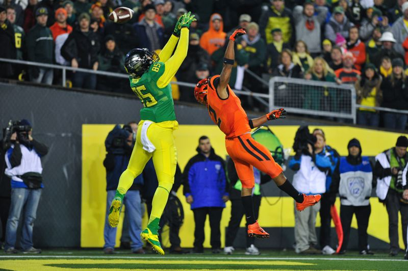 by: COURTESY OF JOHN LARIVIERE - Oregon tight end Pharaoh Brown can't reach this Marcus Mariota pass on a two-point conversion try in the fourth quarter.