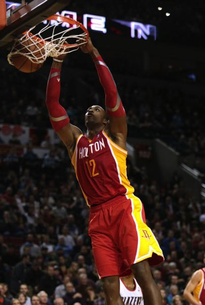 Dwight Howard had 32 points and 17 rebounds for the Rockets.