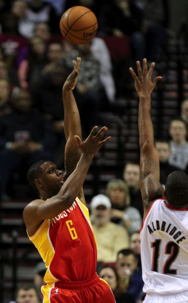 Terrence Jones, Houston's starting power forward and a former Jefferson High star, floats a shot over LaMarcus Aldridge