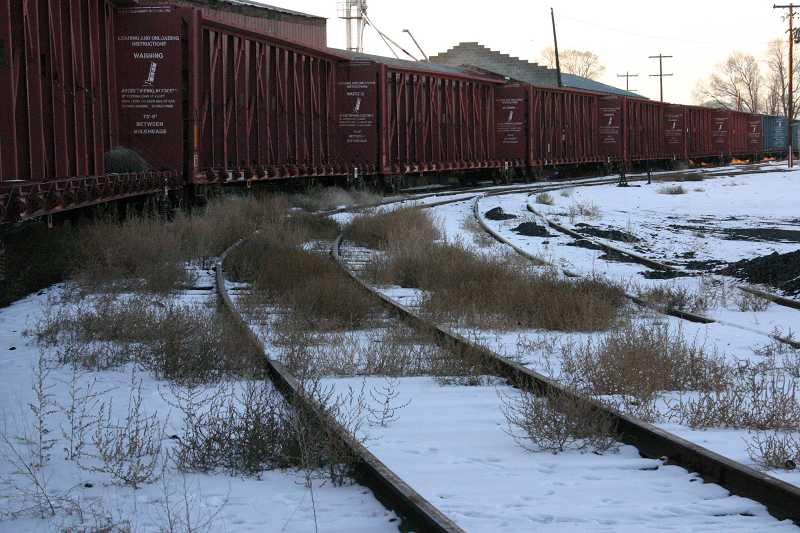 by: JASON CHANEY - After upgrading its facilities to include a state-of-the-art freight depot, the City of Prineville Railway is hoping to attract nationally-based business with the help of a new marketing contract.