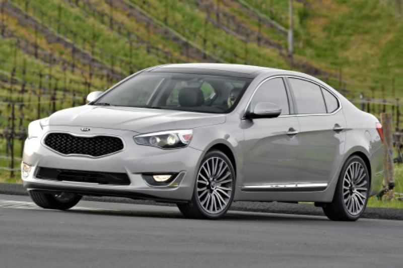 by: HYUNDAI MOTOR COMPANY - The all-new Kia Cadenza drives as good as it looks.
