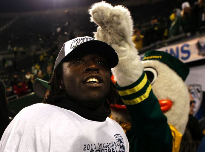 by: TRIBUNE FILE PHOTO: JAIME VALDEZ - De'Anthony Thomas looks at the Autzen Stadium crowd after the Oregon Ducks' 2011 victory over UCLA in the first Pac-12 championship game.