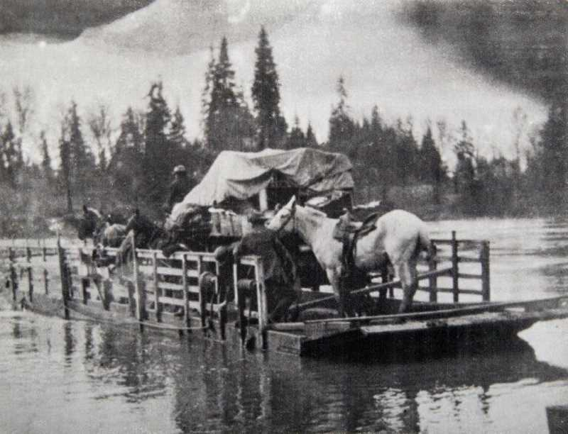 by: SUBMITTED PHOTO - The first Canby Ferry was powered by horses pulling a cable. It ran from 1914 to 1916, when it was replaced by a gas-powered ferry.