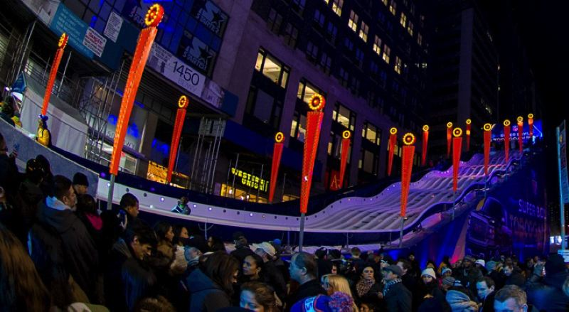 A side view of the toboggan course in Times Square.