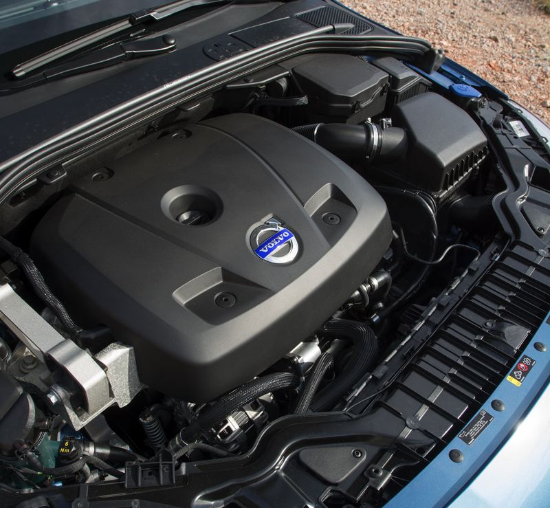 by: JOHN M. VINCENT - The Volvo Drive-E T5 engine is a 4-cylinder turbo that cranks out 240-horsepower.