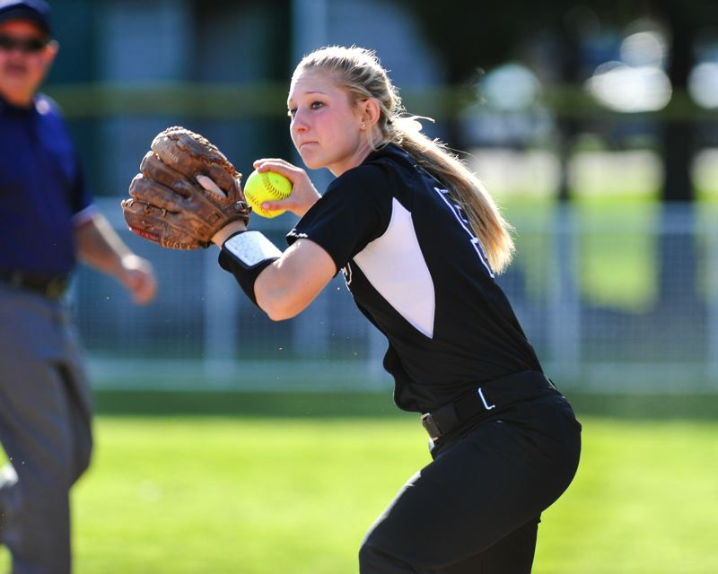 by: COURTESY OF JOHN LARIVIERE - Shae Nelson, a Portland State freshman, shifted to the left side of the plate as a hitter while at Southridge High, transferred from Oregon State to PSU earlier this school year and has moved from shortstop to second base as a full-time starter for the Vikings.