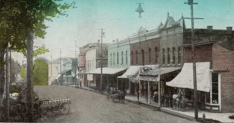 by: COURTESY PHOTO: FRIENDS OF HISTORIC FOREST GROVE - Before the 1919 fire destroyed 16 downtown buildings, Forest Groves Main Street (here looking south from 21st Avenue) was packed with businesses, including the Caples building, which survived the fire and still stands today. Among the fires victims were a music store, photography studio and livery stable.