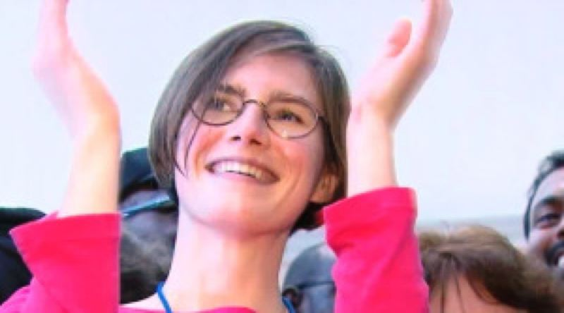 by: KOIN NEWS 6 - Amanda Knox was in Portland for an event put on by the Innocence Project on April 11.