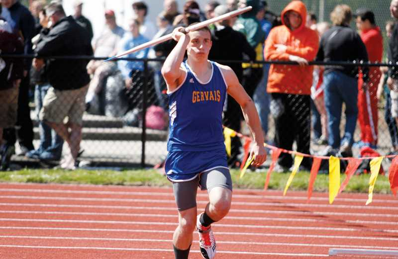 by: PHIL HAWKINS - Jordan Milkovich placed fifth in the javelin with a throw of 123-0 at Sheridan High School Thursday.