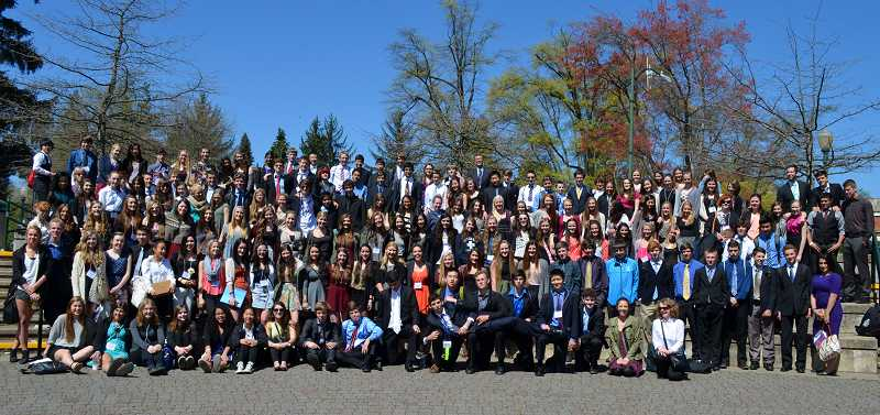 by: SUBMITTED PHOTO - With with 169 students, Lakeridge had the biggest delegation at the Model United Nations conference earlier this month in Eugene.