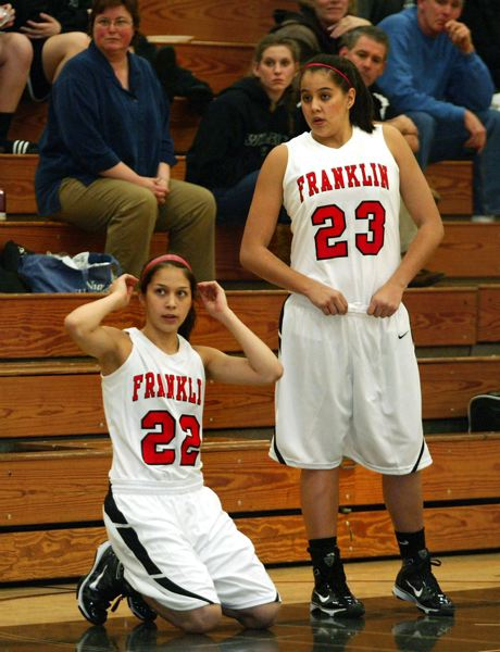 by: TRIBUNE FILE PHOTO: L.E. BASKOW - Shoni Schimmel (No. 23) and sister Jude drew huge crowds playing for Franklin High, and Shoni is expecting to be an attraction in the WNBA as well.