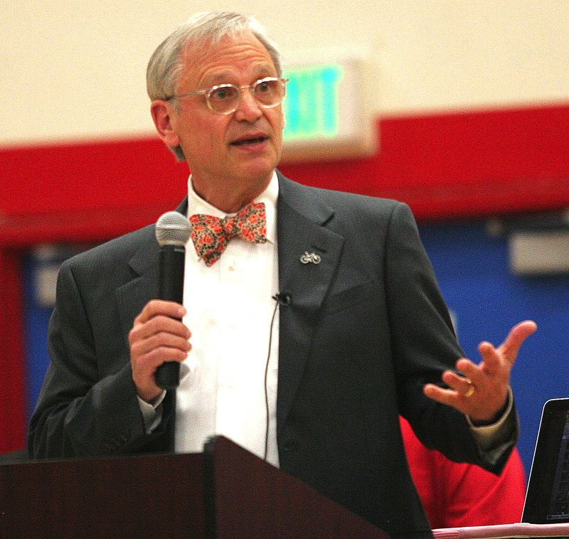 by: OUTLOOK PHOTO: JIM CLARK - Known for his signature bow ties, Blumenauer is a mass transit and bicycling advocate.