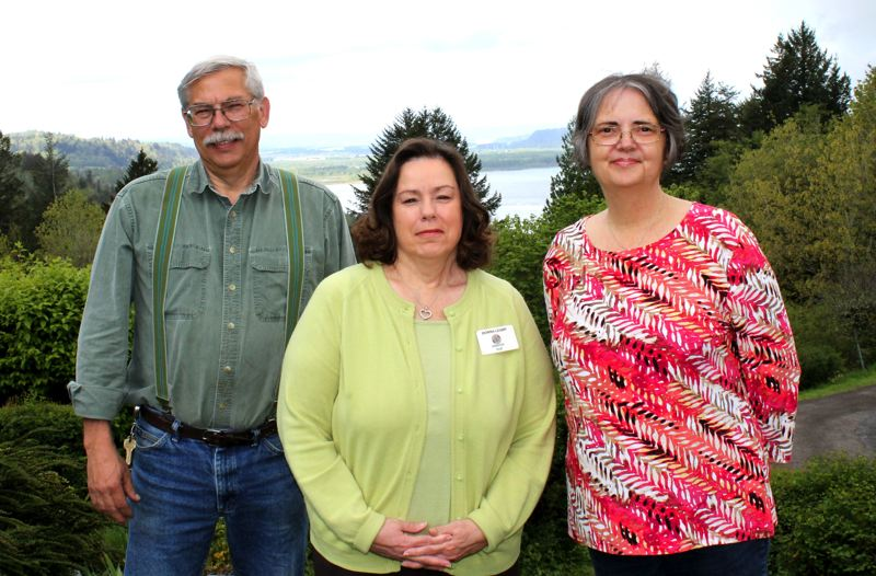 by: OUTLOOK PHOTO: CARI HACHMANN - Ernie Yoder, Donna Leamy and Becky Leamy have worked at Menucha since 1980. (Donna Leamy since 1979).