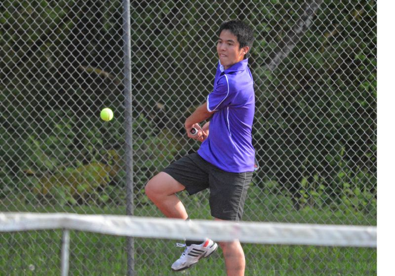 by: TIMES PHOTO: MATT SINGLEDECKER - Sunset's Jared Lin fought hard against Southridges Andy Nakajima, but lost a tough 6-3, 6-4 decision.