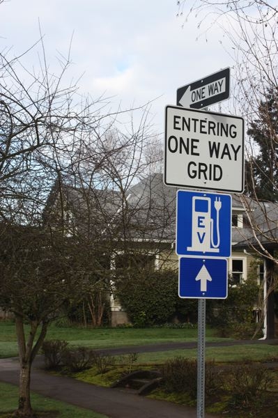 by: HILLSBORO TRIBUNE PHOTO: DOUG BURKHARDT - Downtown Hillsboros one-way grid may soon be a thing of the past if the city council approves a plan that would convert the streets back to two-way.