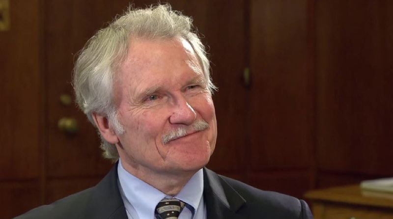 by: KOIN NEWS 6 - Oregon Gov. john Kitzhaber