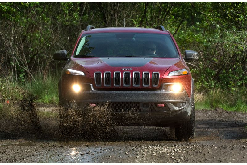 by: JOHN M. VINCENT - The Trailhawk version of the Jeep Cherokee at Mudfest.