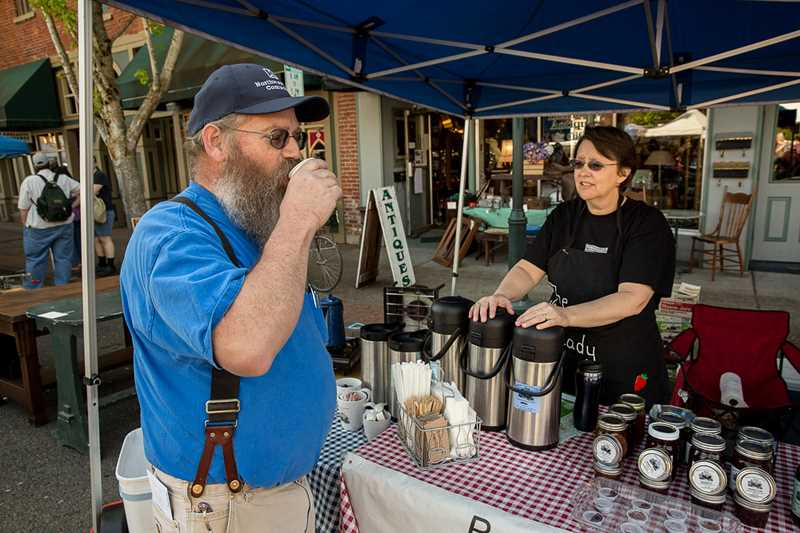 Coffee and treat samples were plentiful at last Wednesday's market.