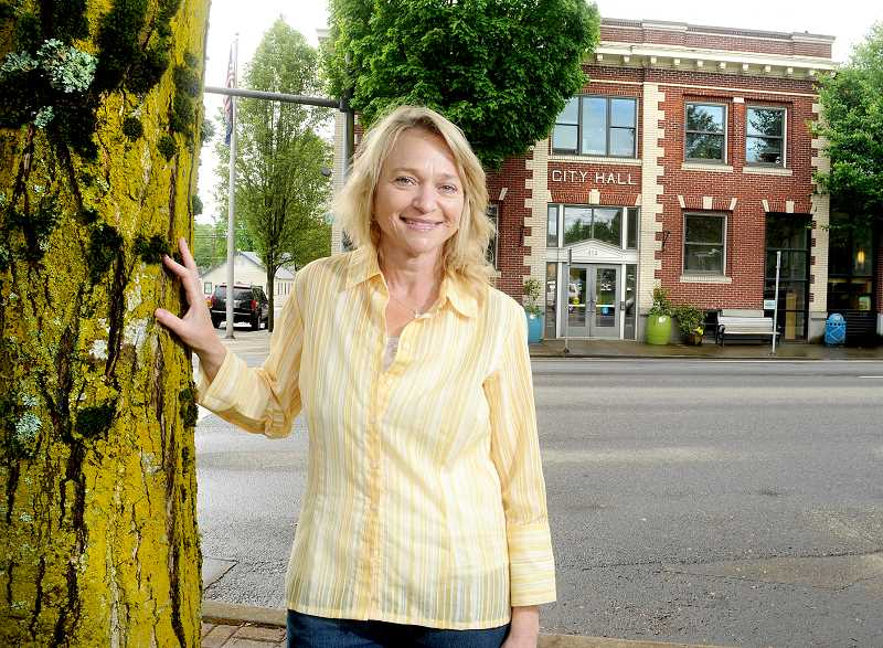 by: GARY ALLEN - Taking over - Jacque Betz accepted the position as new city manager last week and will start sometime in June. Betz will come to Newberg from Florence.