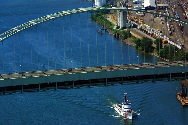 by: TRIBUNE FILE PHOTO - Cleanup of the Portland Harbor Superfund site, north of the Fremont Bridge, is being delayed until 2017 or beyond because of EPA budget constraints and changes in the regional federal leadership.