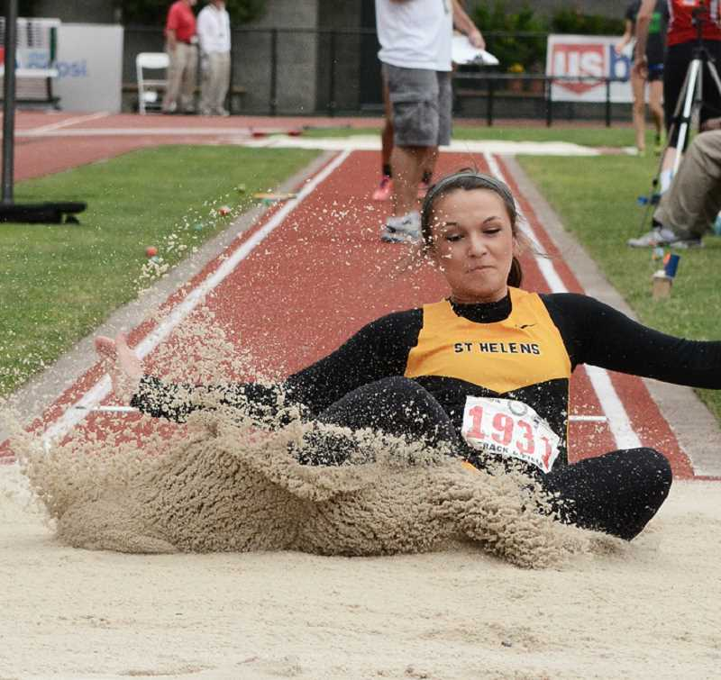 by: JOHN WILLIAM HOWARD - Senior Kylie Reinholdt jumped a career-best 17-1.25 to place fourth in the long jump at the OSAA 5A Track and Field championships on Friday. Reinholdt will try for her first state title in the triple jump on Saturday.