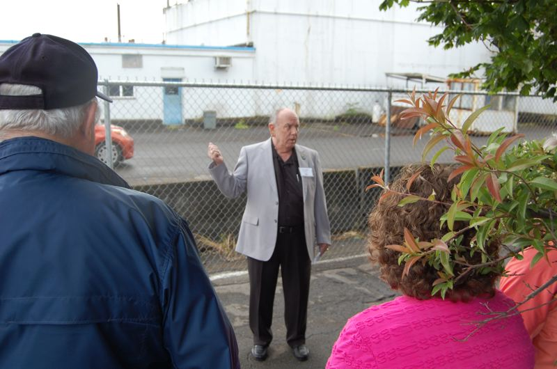 by: PHOTO BY: RAYMOND RENDLEMAN - Park Place Neighborhood Association chairman Bob La Salle announces his plans to run for mayor at the gates of the Blue Heron mill site in Oregon City.
