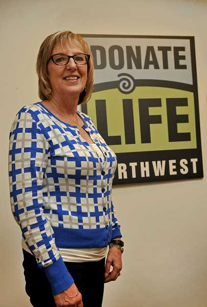 by: TIDINGS PHOTO: VERN UYETAKE - The science of organ donation has come a long way since Mary Jane Hunt's career began 28 years ago, and now more than 2.2 million are registered in Oregon alone.