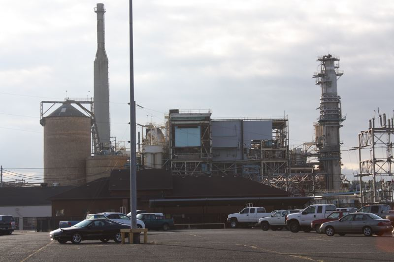 by: SPOTLIGHT FILE PHOTO - The paper mill in south St. Helens that is operated by Cascades Tissue Group. A small fire at one of the tissue machines broke out Thursday night, June 19, but it was extinguished before it caused much damage.