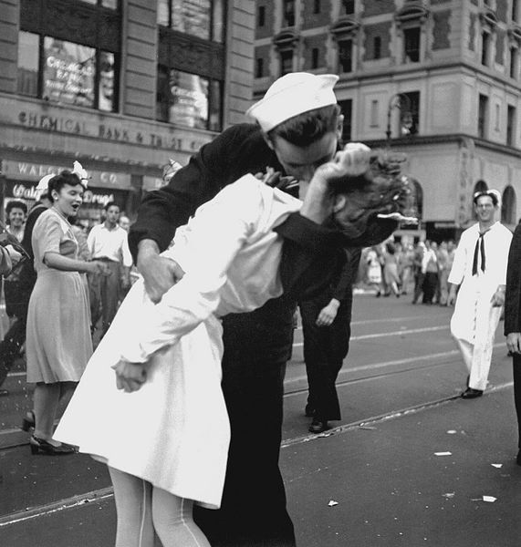 Photo Credit: PUBLIC DOMAIN - Navy VJ Day
