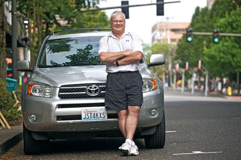 Photo Credit: TRIBUNE PHOTO: JAIME VALDEZ - UberX driver Eric Hansen says he can earn about $1,000 a week working full-time for the ridesharing company. He drives in Vancouver, Wash., and Clark County.