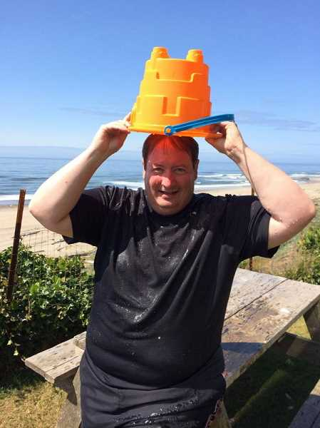 Tigard Mayor John L. Cook takes ALS Ice Bucket Challenge