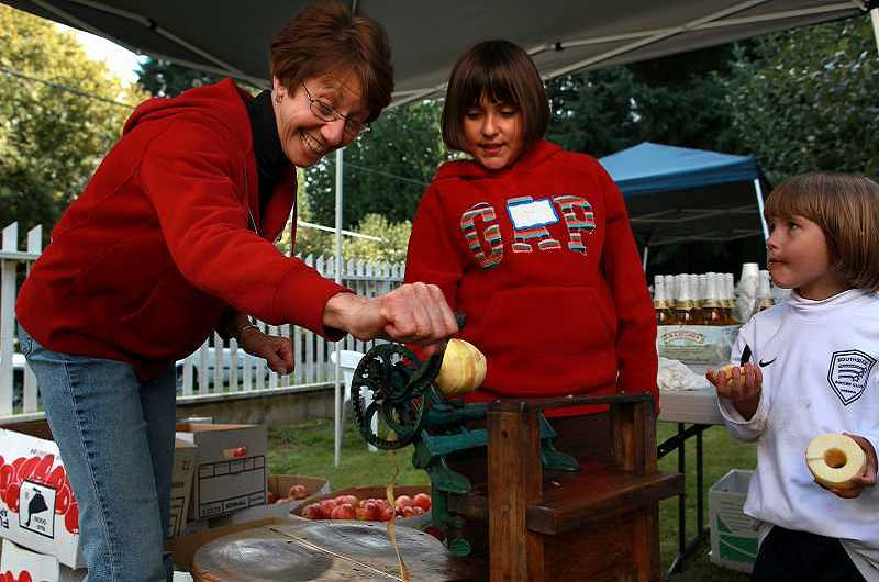 The Apple Harvest Festival returns to the John Tigard House this Saturday from 1 to 4 p.m.