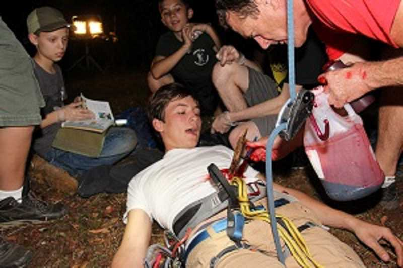 Pamplin Media Group - Moulage magic: Boy Scouts to the rescue