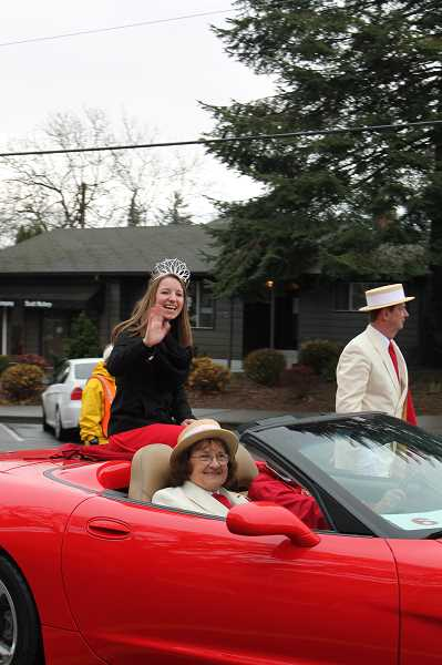 Photo Credit: TIDINGS PHOTO: PATRICK MALEE - Rose Festival Queen Emma Waibel attended the parade with the Royal Rosarians.