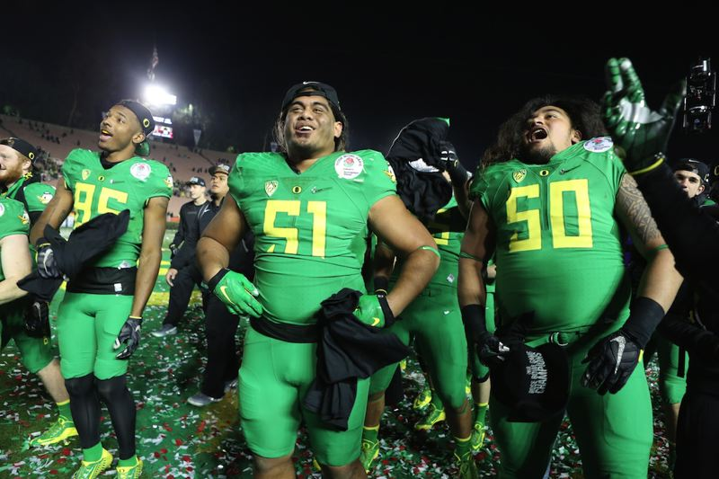newest 4deae 89ec5 Pamplin Media Group - ROSE BOWL NOTES: Oregon adds to its ...