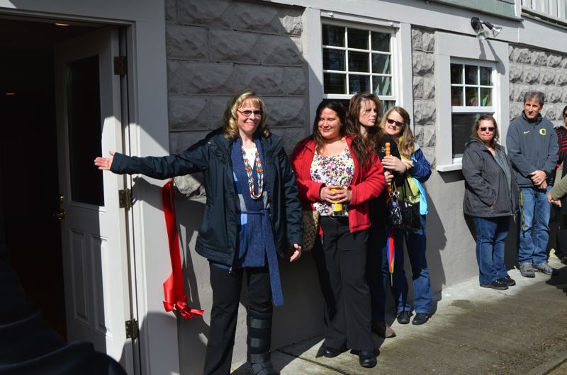 Pamplin Media Group Ribbon Cutting Opens New Detox Center