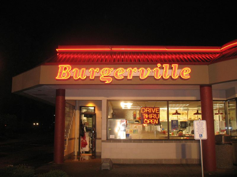 TRIBUNE FILE PHOTO - Burgerville wants to get an Oregon liquor license to sell craft beer, hard cider and wine at its Southeast Hawthorne Boulevard restaurant. The company sells alcoholic beverages at its Salmon Creek and Portland International Airport shops.