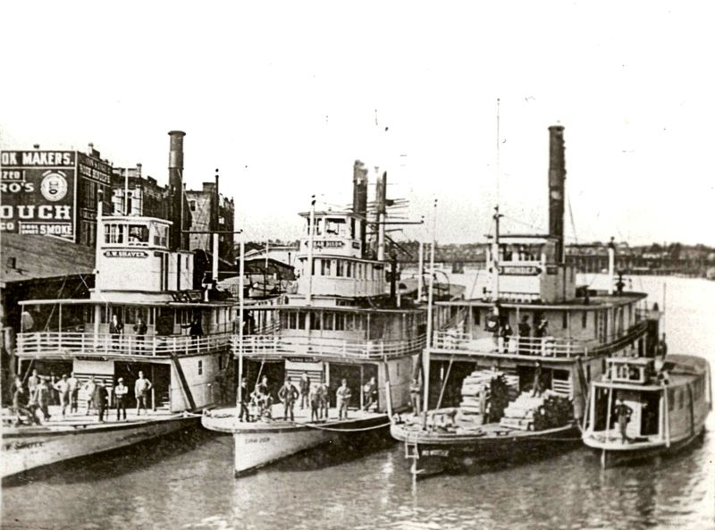 Sellwood steamboats and ferries: Public transportation, over a century ago