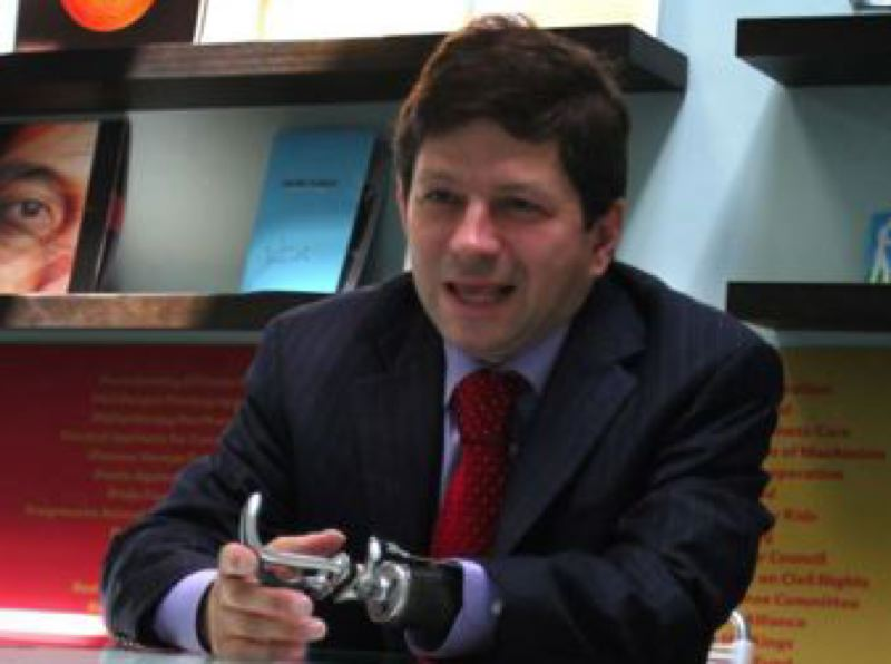 TRIBUNE FILE PHOTO - City Commissioner Steve Novick says he erred by suggesting his political consultant Mark Wiener accept  a lobbying job with Uber, and then attending a secret meeting at Wieners house with the mayor and other parties.