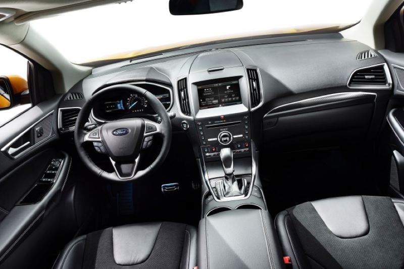 Ford Motor Company The Interior Of 2016 Edge Sport Is Roomy And Contemporary
