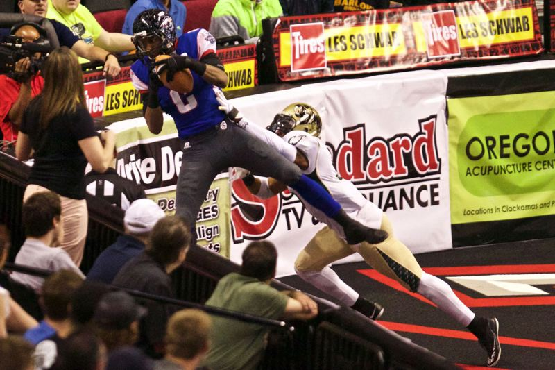 TRIBUNE FILE PHOTO: JAIME VALDEZ - Jared Perry of the Portland Thunder makes a touchdown catch in a 2015 Arena Football League game at Moda Center.
